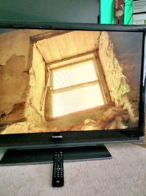 Toshiba REGZA 42'' HDMI, FREEVIEW