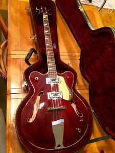 Bass eastwood Classic 4 semi-hollow