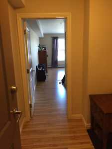 $1200- 2bed/2bath Move in May 1st!!