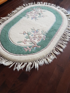 Oval Area Rug for Sale
