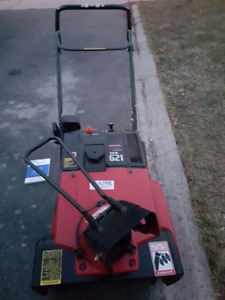 Honda HS621 Snowblower LIKE NEW Delivery Available!
