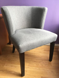 Comfy accent chair