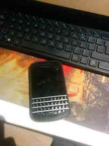 Blackberry 10 mint condition