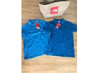 North face polos x2 size small