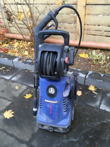 Pressure Washer 1700psi