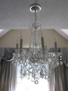 CRYSTAL CHANDELIER  (Elegant Style for any Room)