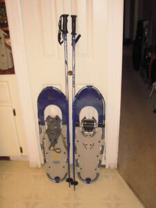 TUBBS  30  Snowshoes and Gabel Poles