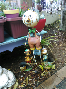 garden items statues ornaments