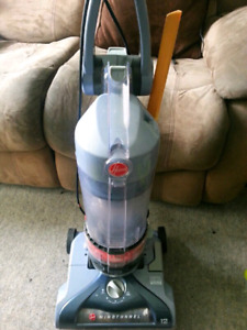 Hoover wind tunnel upright vaccum