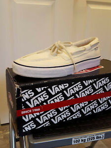 BRAND NEW Vans boat shoes Mens size 9.5