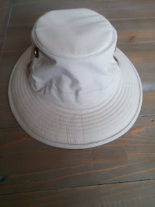 TILLEY Endurables Khaki Hat in Excellent Condition!