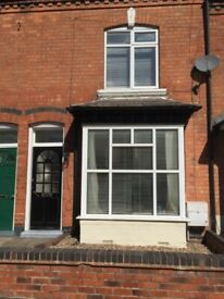 2 bedroom house in Clarence Road, Birmingham, B17(Ref: 6797)