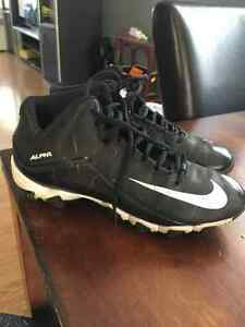 Youth size 5 Nike alpha football cleats