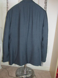 100% brand new two piece men's suit size 42 Kitchener / Waterloo Kitchener Area image 8