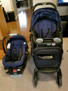 Graco click and connect car seat with base and matching stroller