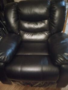 3-pc Black Recliner Sofa Set