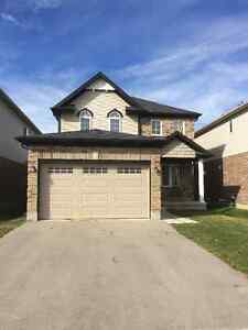 Room for rent $540 in newer home