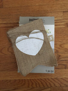 Mr and Mrs hanging burlap sign - rustic wedding decor