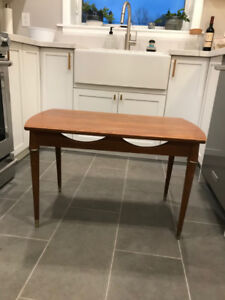 Mid Century Modern Side / End Table with Brass Detailing