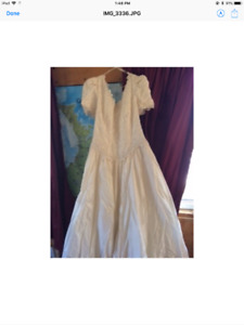 Plus size 38 wedding gown with headpiece