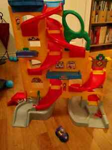 Fisher Price little people race ramp