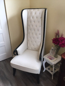 Chaise de lecture haut de gamme en cuir et bois massif