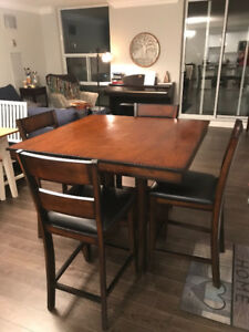 Solid wood dining room table & 4 chairs
