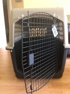 Dog Travel Carrier/ Crate
