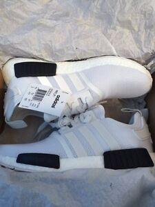 DS NMD R1 - SIZE 9