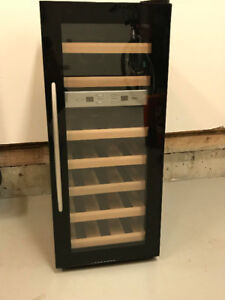 21 Bottle Dual Zone Thermoelectric  quite Wine Cooler