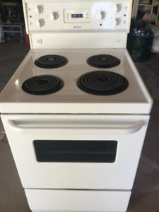 24 inch electric stove, good working condition