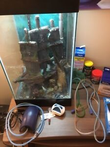 15 gal. column fish tank with light and all accessories