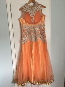 Evening party Gowns, prom dresses,party outfits available $250.