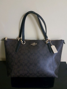 Brand New Classic style Coach Shoulder bag