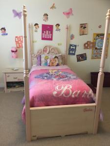 Girls Barbie bedroom set