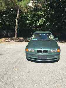 2000 BMW 3-Series Sedan in good condition.