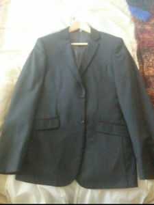 SELLING 3-piece le-Chateau Suit
