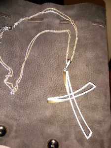 Gold & Diamond cross chain