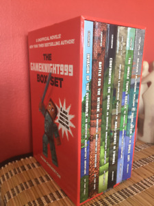 MINECRAFT 6 book boxed set- like new