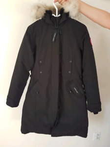 Manteau canada goose femme taille M
