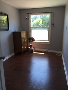 ROOM for rent in downtown Port Hope Oct 1st