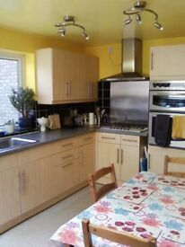 Double room to rent in lovely house in Marston (sorry no couples)