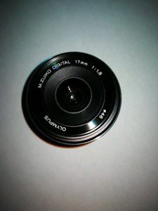 Olympus 17mm f1.8 in mint condition.