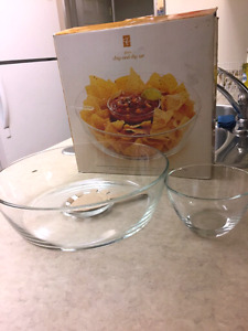 Chip and dip set - NEW