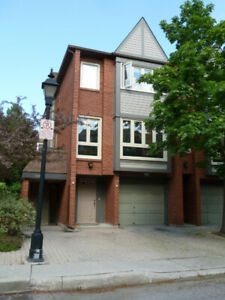 Rare 3 bedroom end unit town home available in DT Burlington!