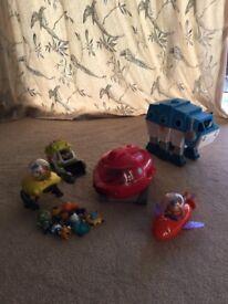 Various Octonaut Toys £18