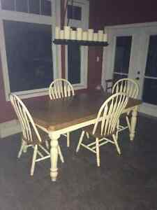 Dinning room set Peterborough Peterborough Area image 1