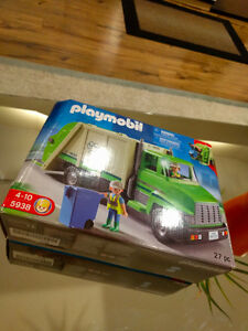 PLAYMOBIL Green Recycling Truck 5938