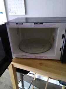 Panasonic microwave excellent shape  Kitchener / Waterloo Kitchener Area image 2