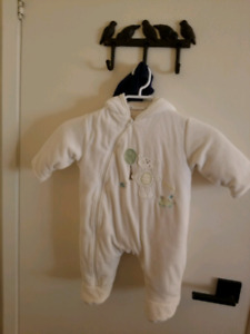 Unisex Infant snow suit 1 month to 7 month approx